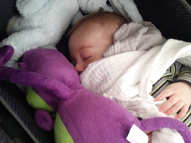 baby overstuur wakker