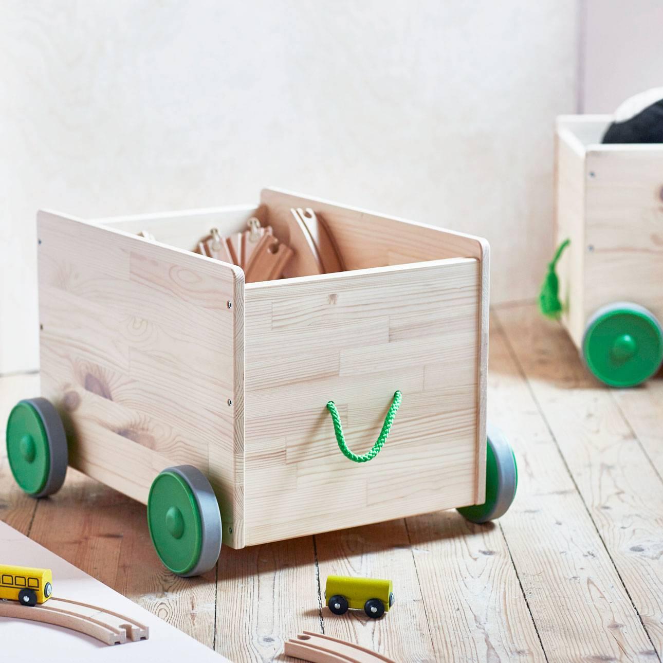 Nieuwe items bij ikea kinderland mommyhood - Houten doos op wielen ...