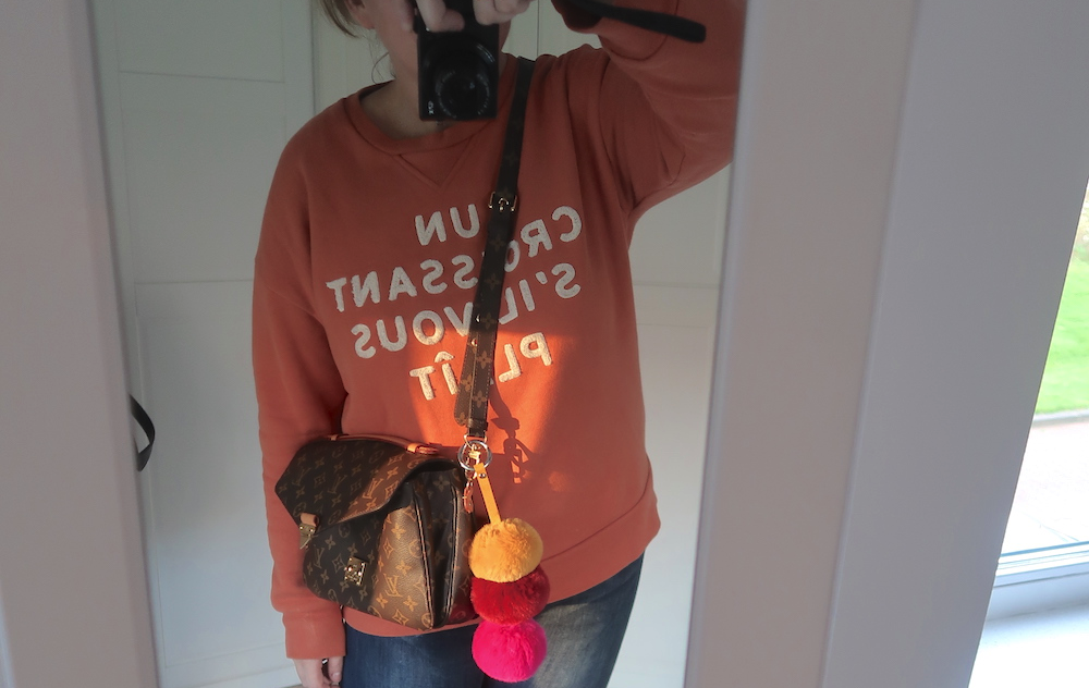 Mom's week in outfits #2: sweater weather