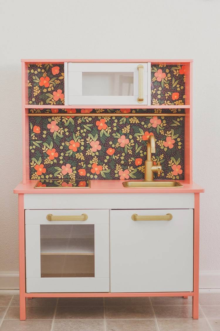 kitchen-1-anchors-and-honey