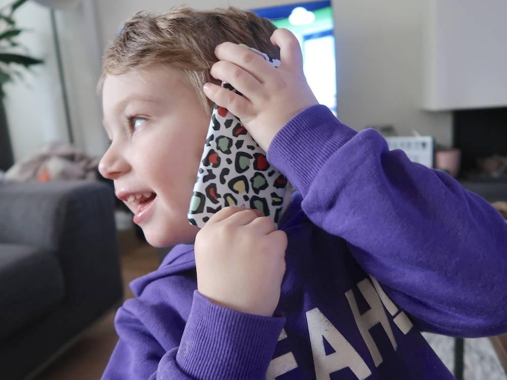 Een eerste mobieltje voor jouw kind (voor Skyler?!)