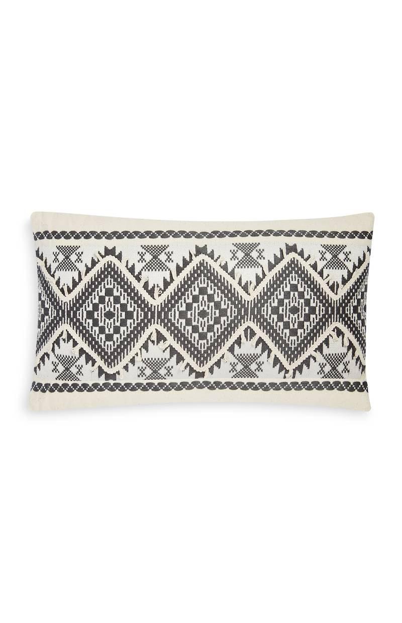 Primark_SS18_homeware_Ornament Rectangular Cushion Light Grey, £7 €10