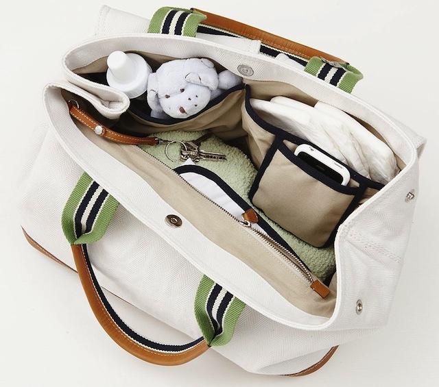Tien mama-musthaves voor in je tas