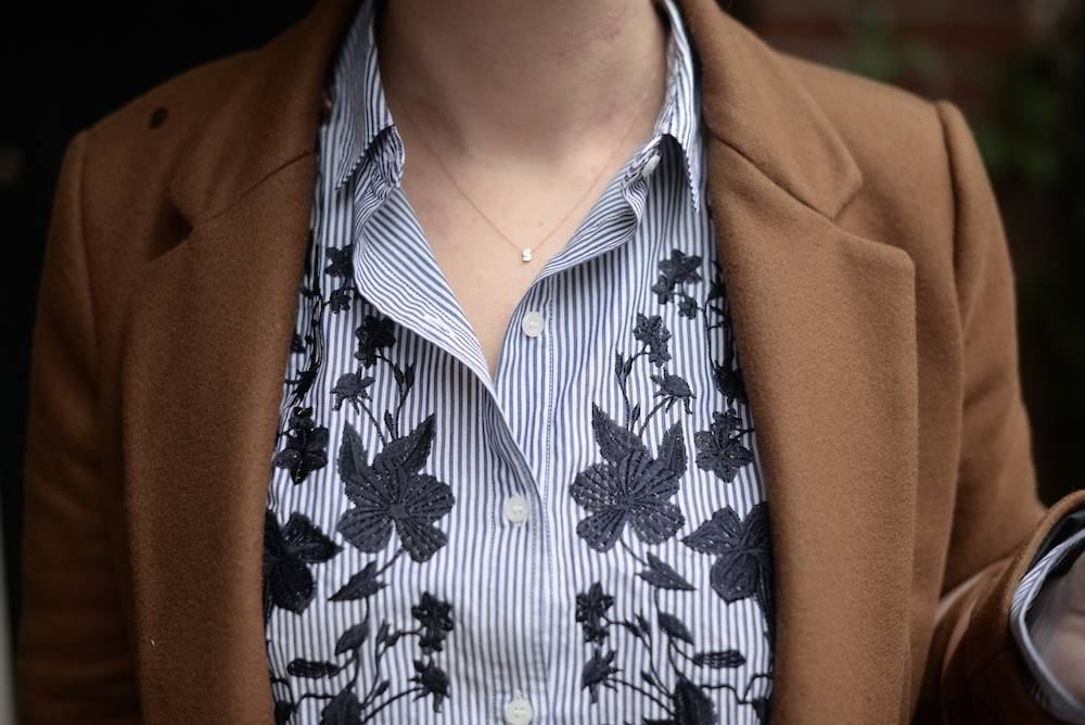 Mom's outfit: oversized blouse
