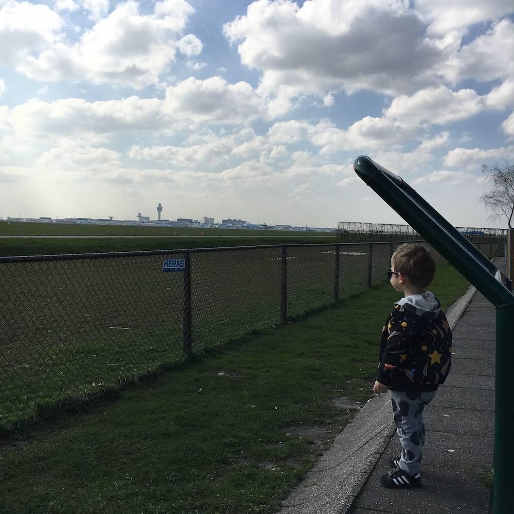 Diary: thuis werken, vliegtuigen kijken & Memory