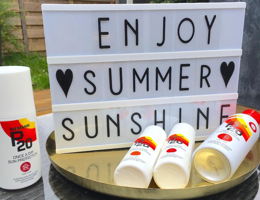 De hele dag met je kids beschermd in de zon? Tips en tricks!
