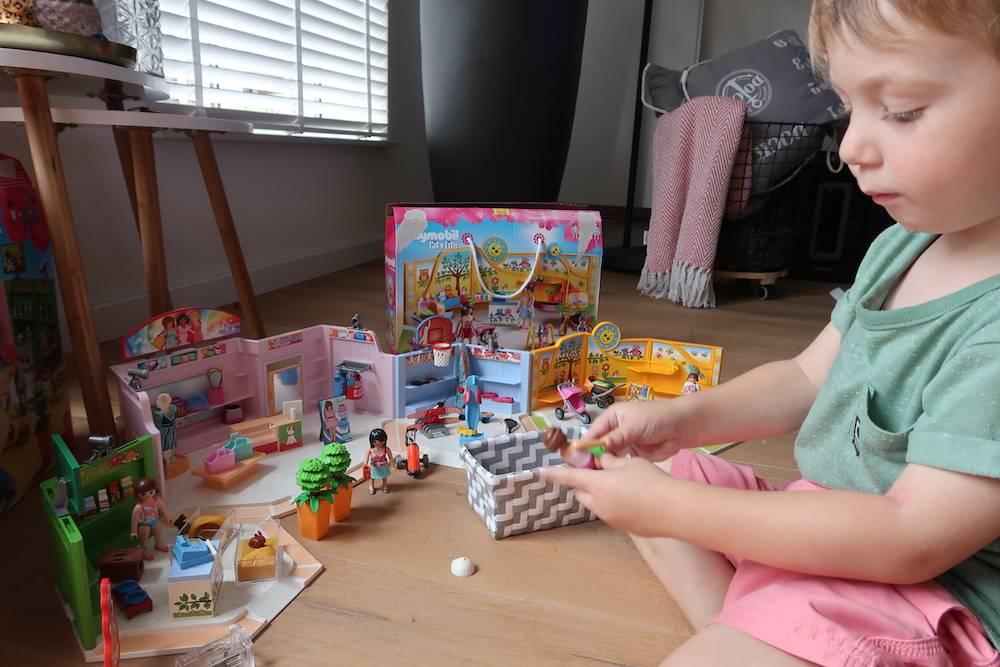 Winkeltje spelen met PLAYMOBIL