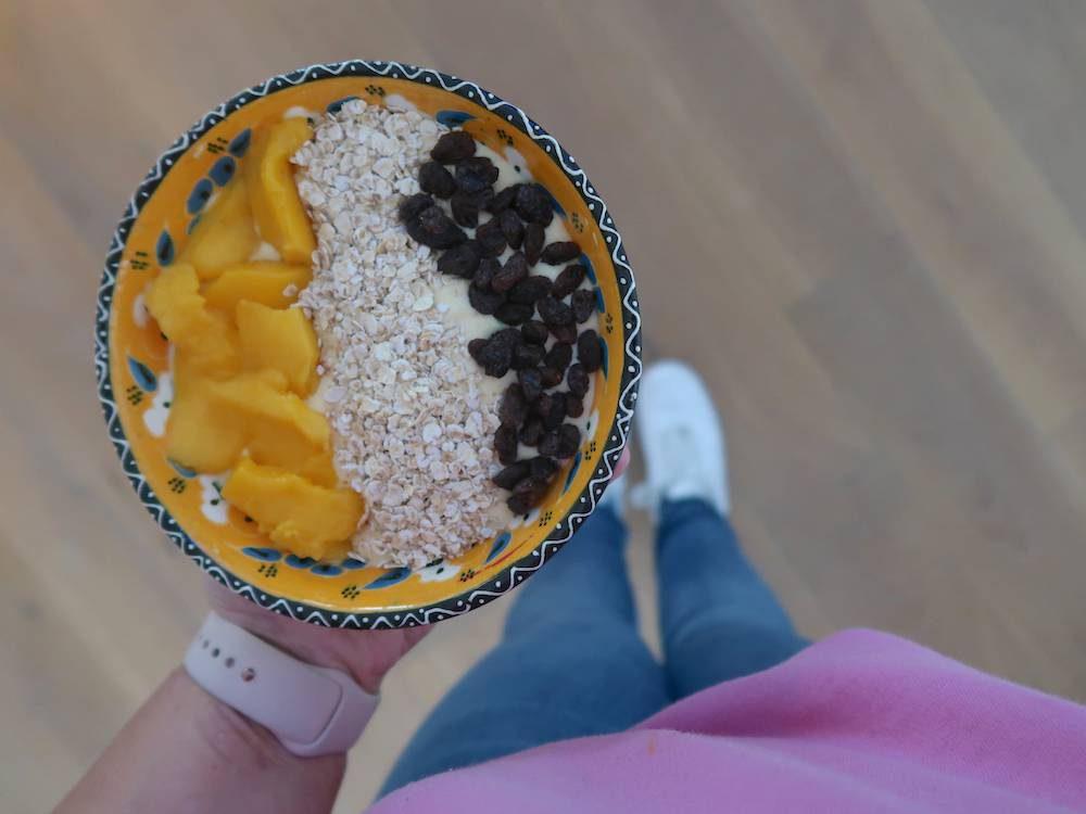 Recept: smoothiebowl met Skyr & fruit