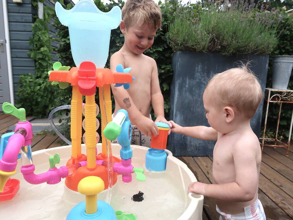 Grote hit: Little Tikes Fountain Factory watertafel