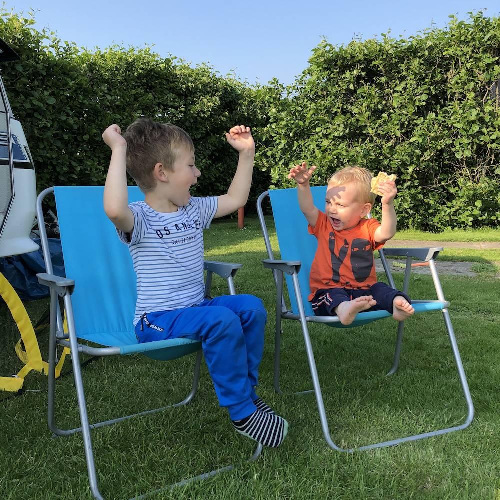 DIARY: foodmarkt, Guus Meeuwis, zomerfeest & kampeerweekend
