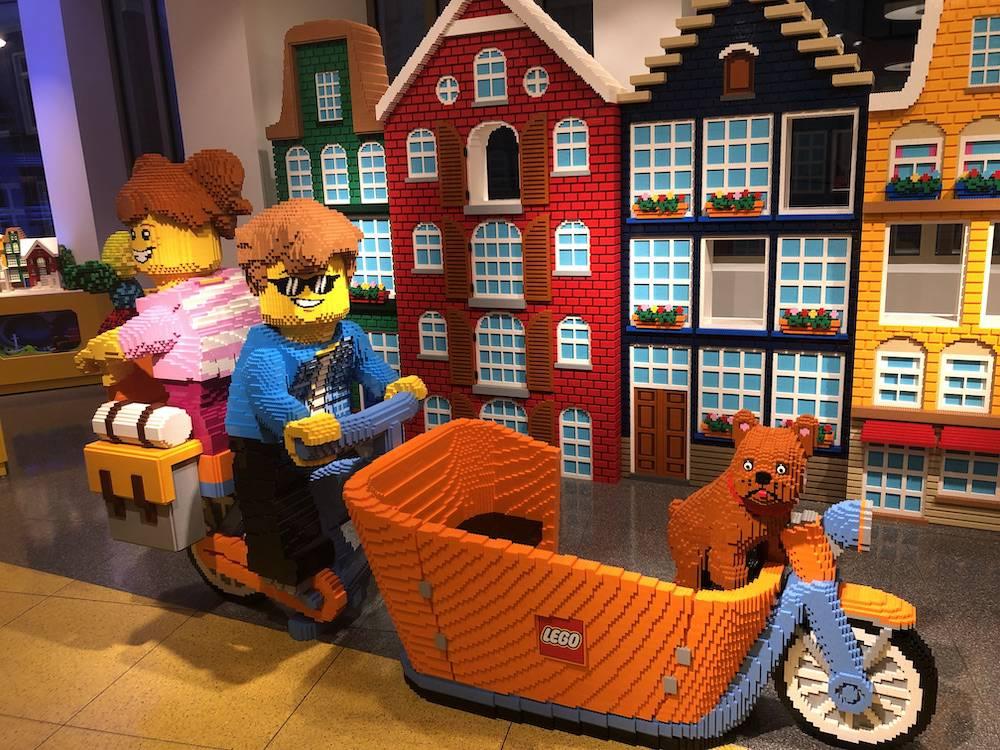 De LEGO winkel in Amsterdam is geopend en wij waren erbij!