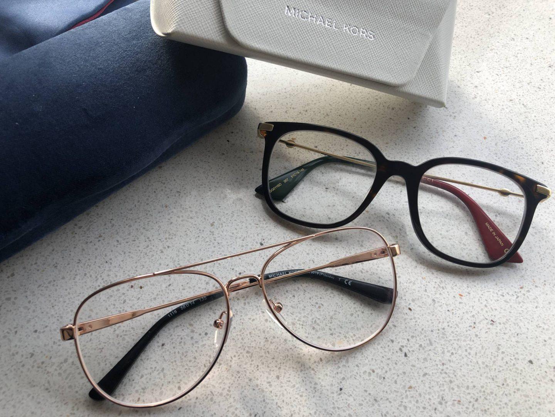 Na vijf jaar eindelijk een nieuwe bril. Twee!