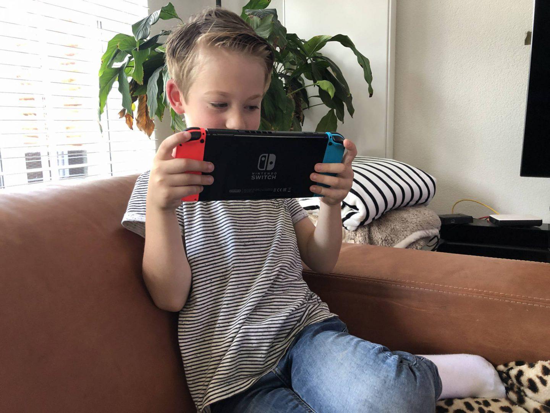 Skyler, zijn Nintendo Switch en de spellen die hij speelt