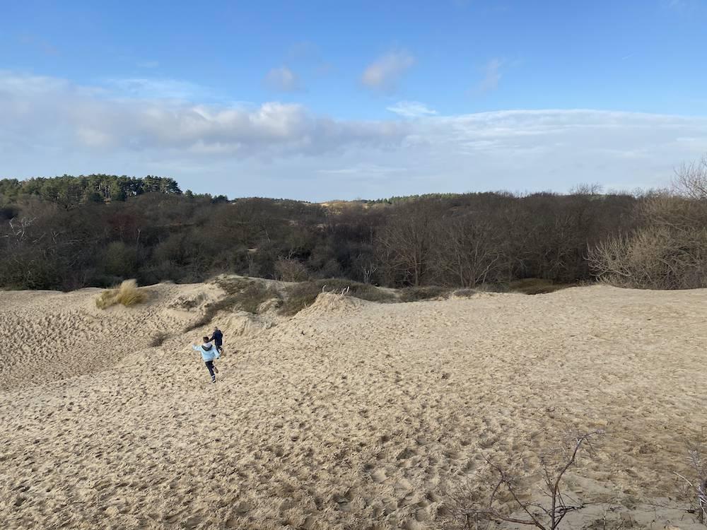 DIARY: weer naar de spoed, veel wandelen & de duinen